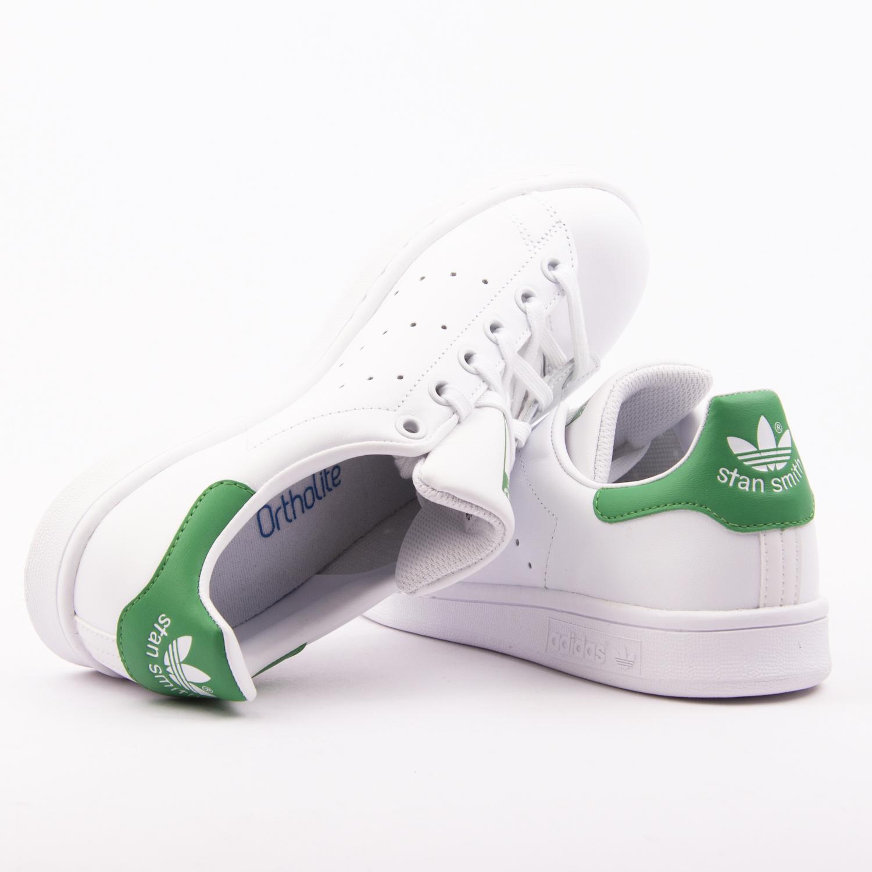 Acheter adidas stan smith ortholite original pas cher ici en ligne avec le  prix le plus bas possible. Remises spéciales sur les nouvelles offres 2018. b5a6d0544
