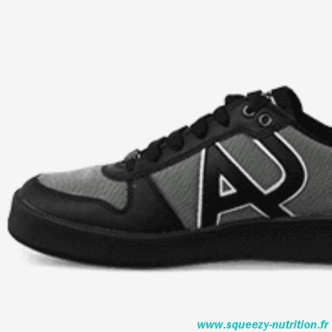 9ffec40b753b Acheter basket armani homme pas cher original pas cher ici en ligne avec le  prix le plus bas possible. Remises spéciales sur les nouvelles offres 2018.