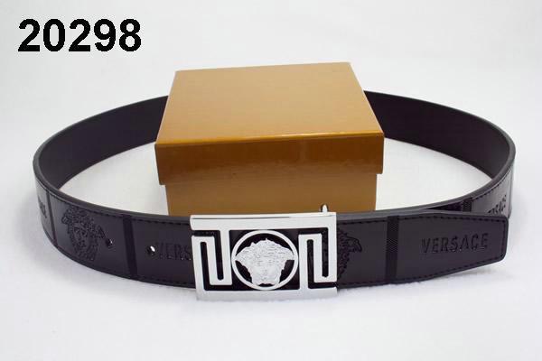 Acheter ceinture versace pour homme original pas cher ici en ligne avec le  prix le plus bas possible. Remises spéciales sur les nouvelles offres 2018. 4e82d914b72