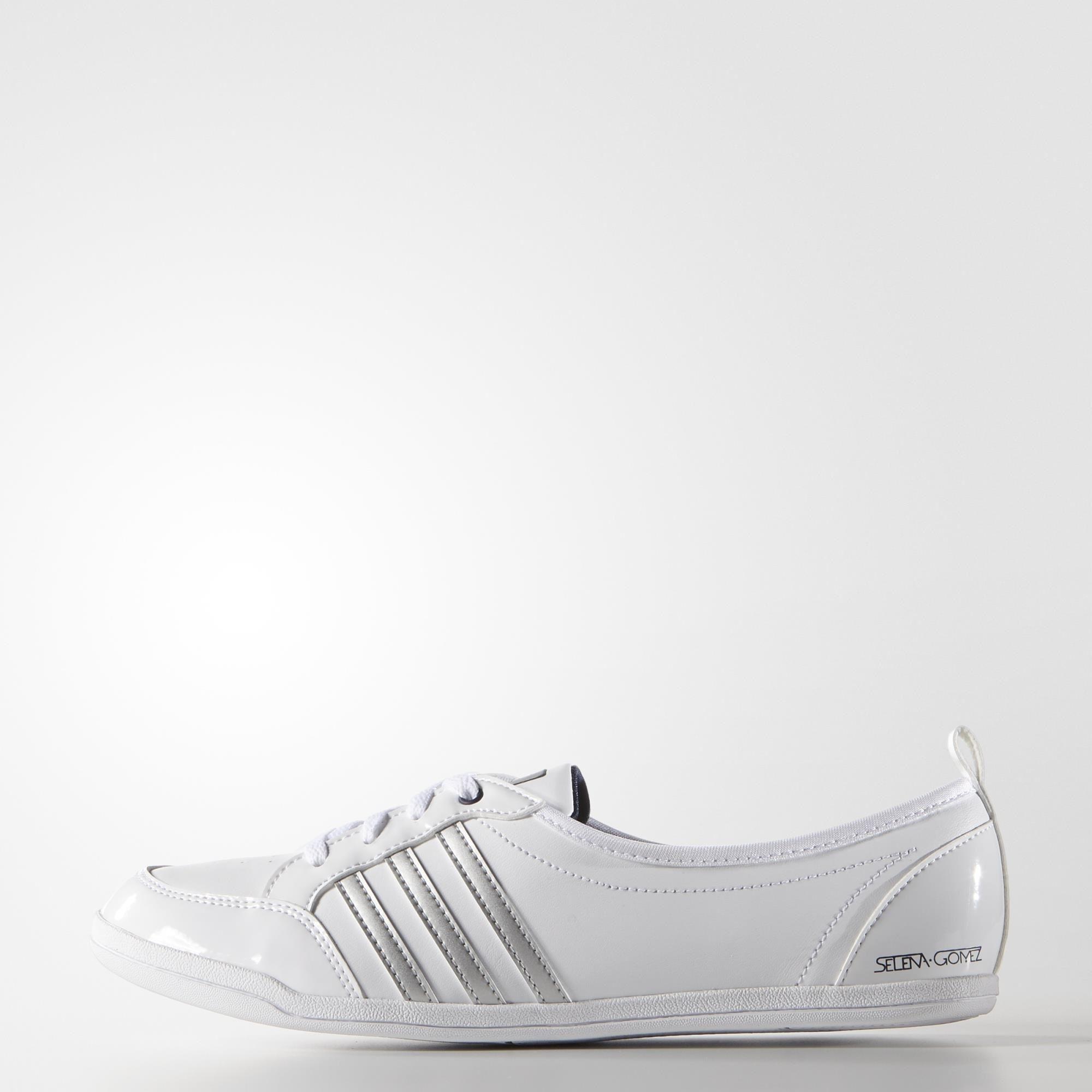 551a154795 Acheter chaussure adidas piona original pas cher ici en ligne avec le prix  le plus bas possible. Remises spéciales sur les nouvelles offres 2018.