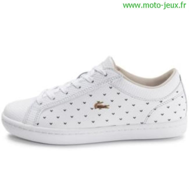 7aeca977be2 Acheter chaussure lacoste blanche femme pas cher original pas cher ici en  ligne avec le prix le plus bas possible. Remises spéciales sur les  nouvelles ...