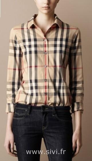 e0b202674c712 Acheter chemise burberry pas cher pour femme original pas cher ici en ligne  avec le prix le plus bas possible. Remises spéciales sur les nouvelles  offres ...
